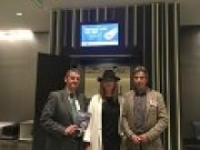 Santiago Aguilar, presidente de la AEPT, junto a Matilde Almandoz, presidenta de OPC España y José Antonio Vidal Presidente de la Asociación Española de Enoturismo