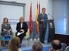 Presentación del acto por el Presidente de la AEPT