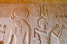 Relieves policromados en la tumba de Seti II