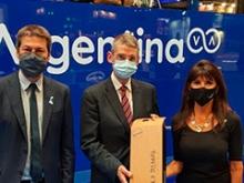 Santiago Aguilar junto a los mandatarios argentinos